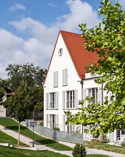 Gebäude aussen Seniorenheim